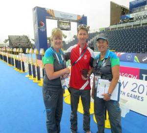 Patty Petty ( on right) at Commonwealth Games 2014 Triathlon with Chief Transition Officer,Juliet Fahey (left) and Lukas Matys, the Triathlon Competition Manager