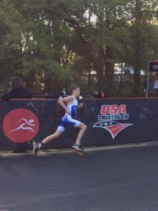 NICK PILGRIM RACING TODAY AT THE CLERMONT F1 YOUTH SERIES TRIATHLON
